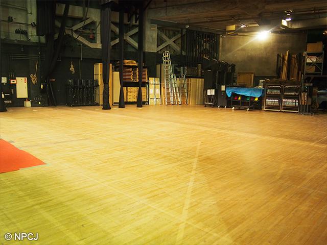 ステージの奥行部分