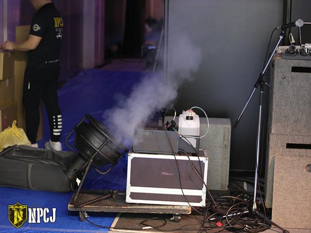 舞台裏のスモーク